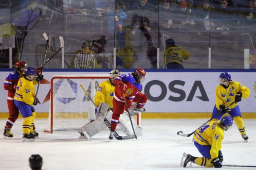 Action from the semi-final match-up between Russia (red) and Sweden.