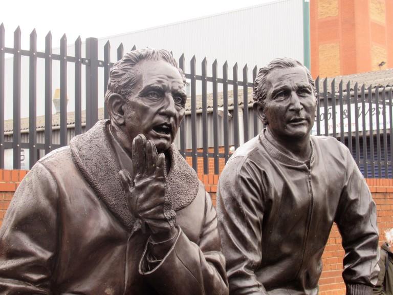 sirrel statue
